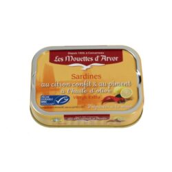 Image of the front of a tin of Les Mouettes d'Arvor Sardines au citron confit & au piment a l'huile d'olive (Sardines with Lemon and Hot Pepper in Olive Oil)