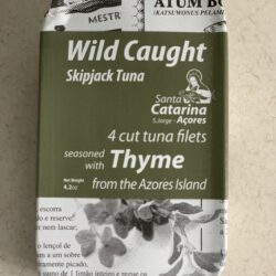 Image of the front of the package of Santa Catarina Wild Caught Skipjack Tuna Filets with Thyme