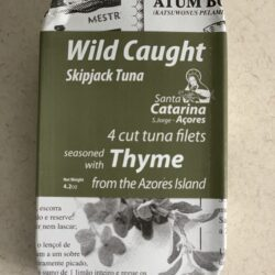 Image of the front of the package of Santa Catarina Wild Caught Skipjack Tuna Filets and Thyme