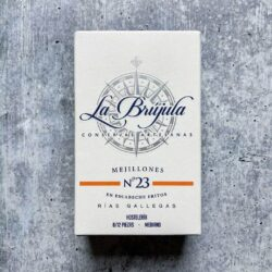 Image of the front of the box of La Brújula Mussels in Escabeche (pickled sauce)
