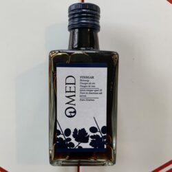 Image of the front of a bottle of O-MED Pedro Ximénez vinegar