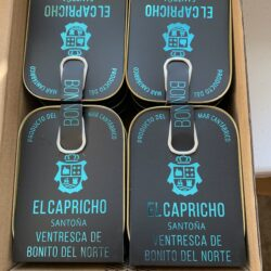 Image of packages of El Capricho Ventresca