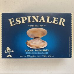 Image of the front of a package of Espinaler Clams in Brine 15/20
