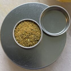 Image of a tin of Dill Pollen