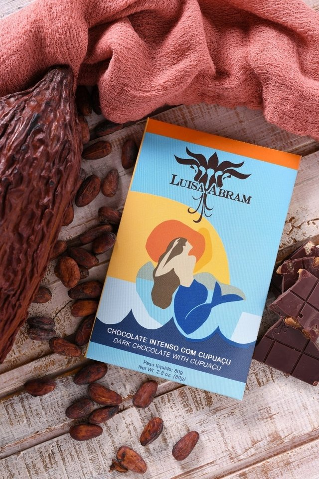 Image of the front of a package of 70% Dark Chocolate with Cupuaçu, by Luisa Abram