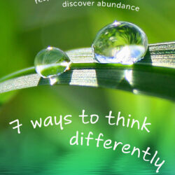 Image of the cover of 7 Ways to Think Differently by Looby Macnamara
