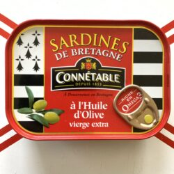 Image of the front of a tin of Connétable Sardines from Brittany (de Bretagne) in Extra Virgin Olive Oil