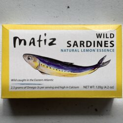 Image of the front of a tin of Matiz Sardines with Lemon