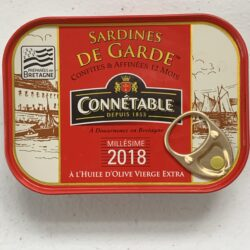 Image of the front of a tin of Connétable Vintage (Millésime) 2018 Sardines in Extra Virgin Olive Oil