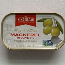 Image of the front of a tin of King Oscar Mackerel Fillets in Olive Oil