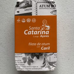 Image of the front of a package of Santa Catarina Tuna Fillets in Olive Oil and Curry