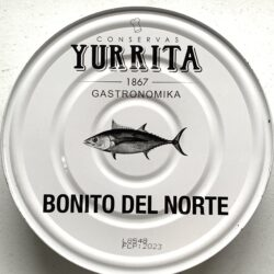 Image of the front of a tin of Yurrita Bonito del Norte in Olive Oil, 1850g, Large Format