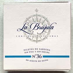 Image of the front of a package of La Brújula Boneless & Skinless Sardine Filetes No. 36