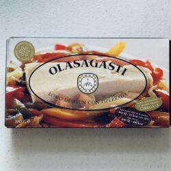 Image of the front of a package of Olasagasti Lomo de atún con piperrada (Tuna Fillet with Basque Piperade)